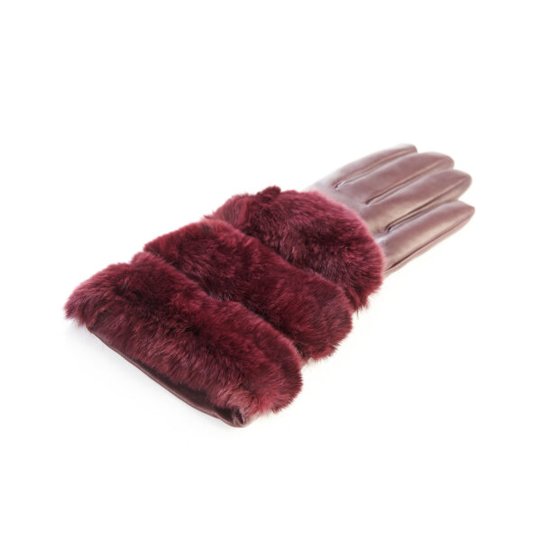 Women's gloves in bordeaux nappa leather with natural fur