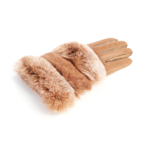 Women's gloves in cognac and bronze nappa leather with natural fur