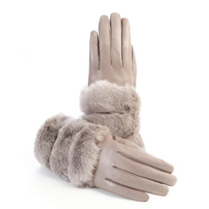 Women's gloves in tortora nappa leather with natural fur
