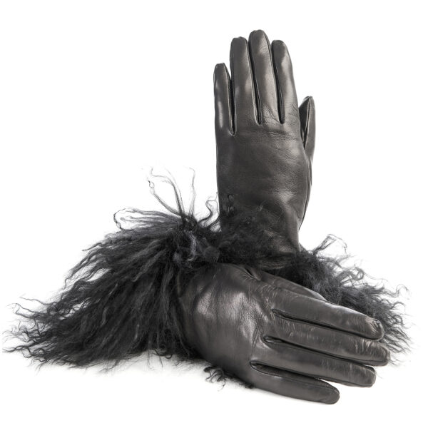 Women's gloves in black nappa leather with Mongolian fur