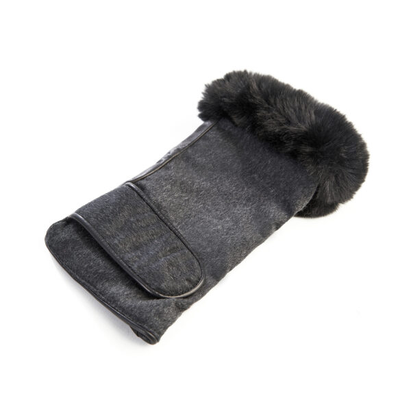 Women's black leather fingerless with pure Holland & Sherry cashmere top and eco fur detail on finger tips