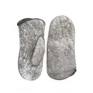 Women's lambksin mitten in color grey and silver