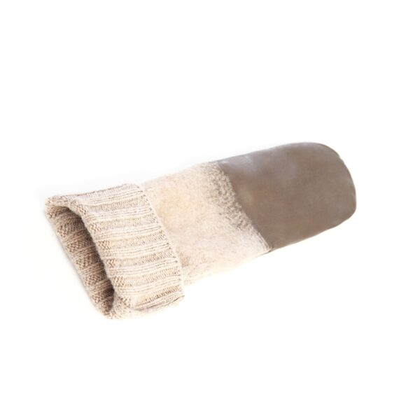 Women's mitten gloves in colour mud nappa leather with wool needle punch details