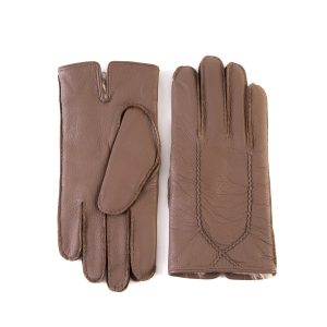 Men's fully hand-stitched gloves in elk leather in color taupe with soft dyed natural fur lining