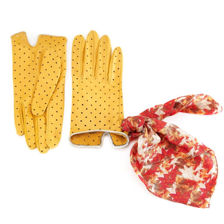 Women's unlined yellow nappa leather gloves with perforated pois detail