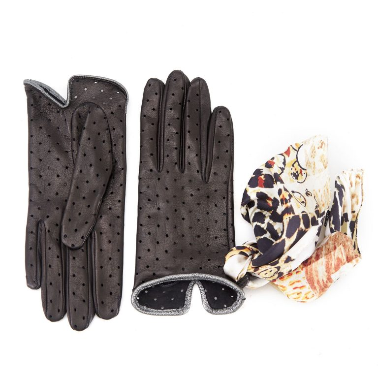 Women's unlined black nappa leather gloves with perforated pois detail